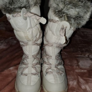 TIMBERLAND SNOW BOOTS WHITE AND GREY